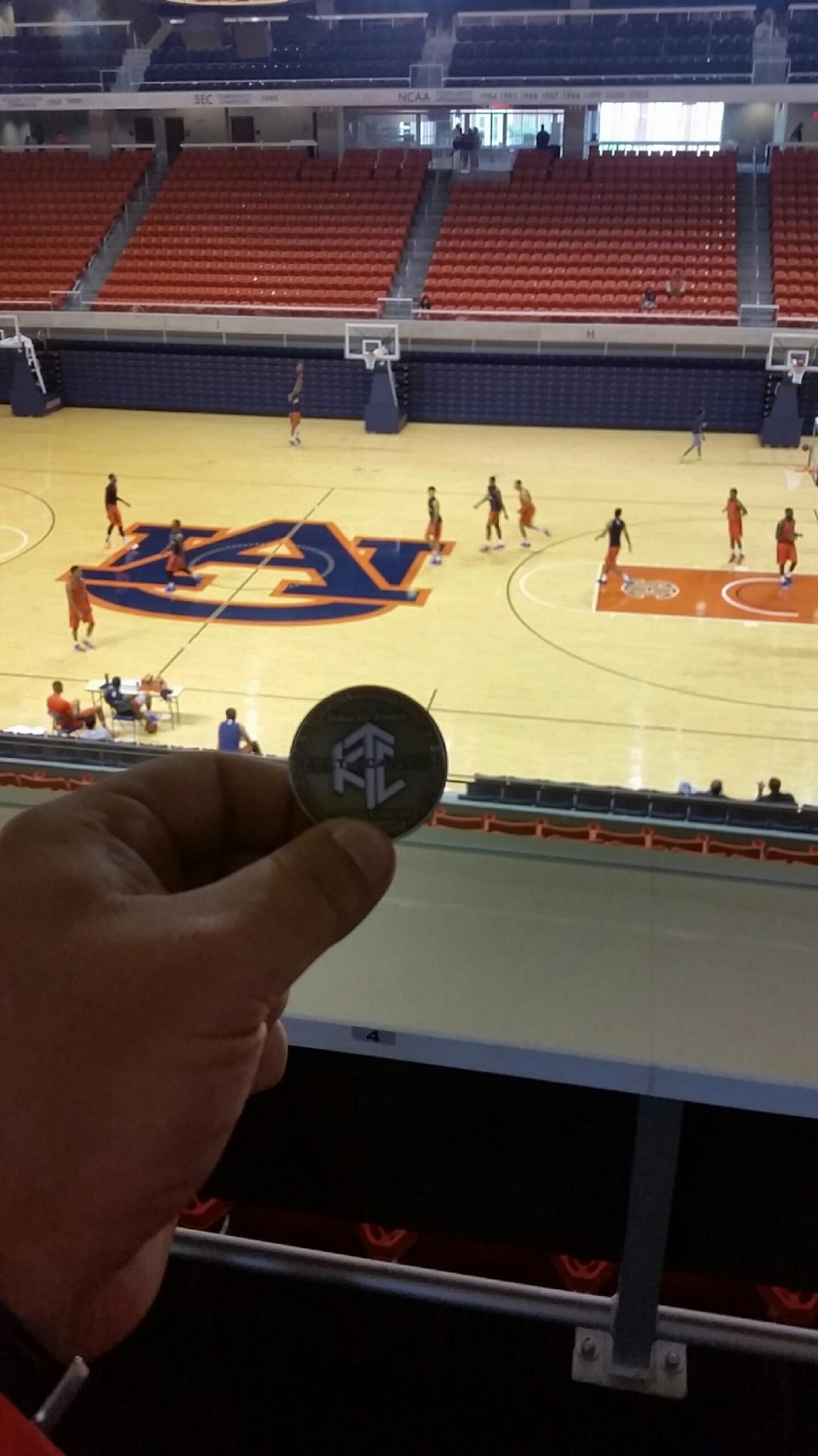 Photo of Lumberjack Tim – Auburn Tigers Basketball