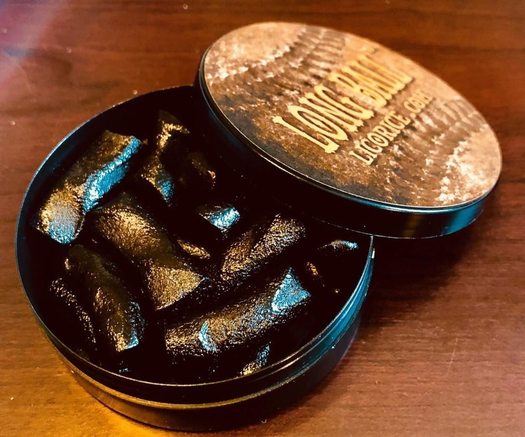 Photo of Long Ball Licorice Dip Style Review